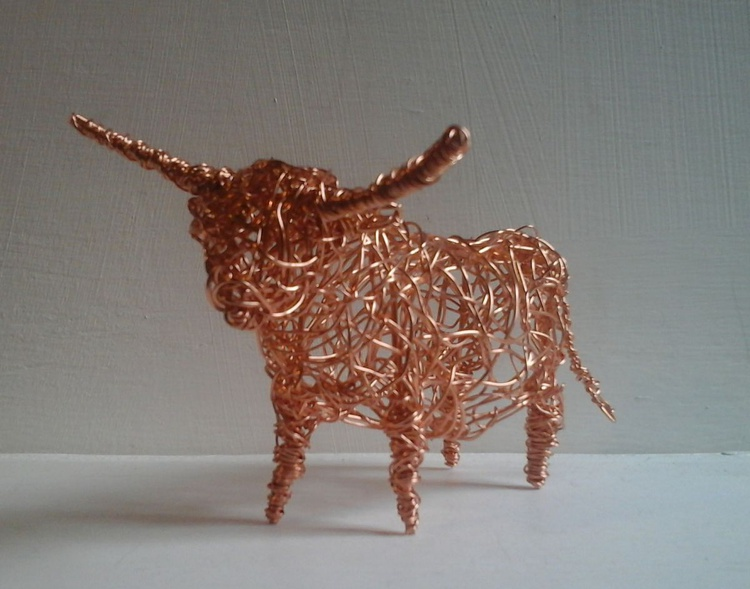 Small Copper Wirework Highland Cow Sculpture - Image 0