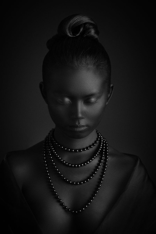Black pearls - Image 0
