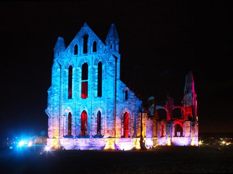 Abbey at night - Image 0