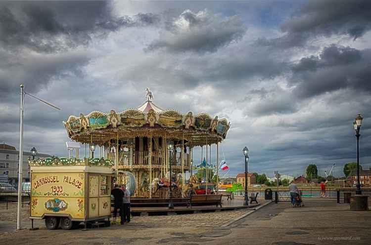 Carrousel palace