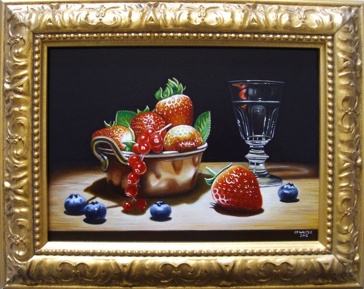 Red fruits in copper - Image 0