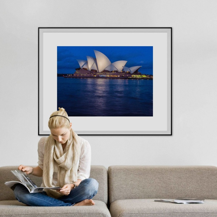 "Sydney opera house NIGHT TIME (LIMITED EDITION 1/10) 40""x30"" - Image 0"