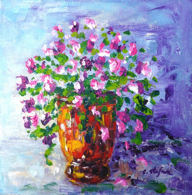 Anduze Pot with flowers - Image 0