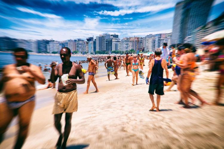 Rio Beach Scene - Image 0