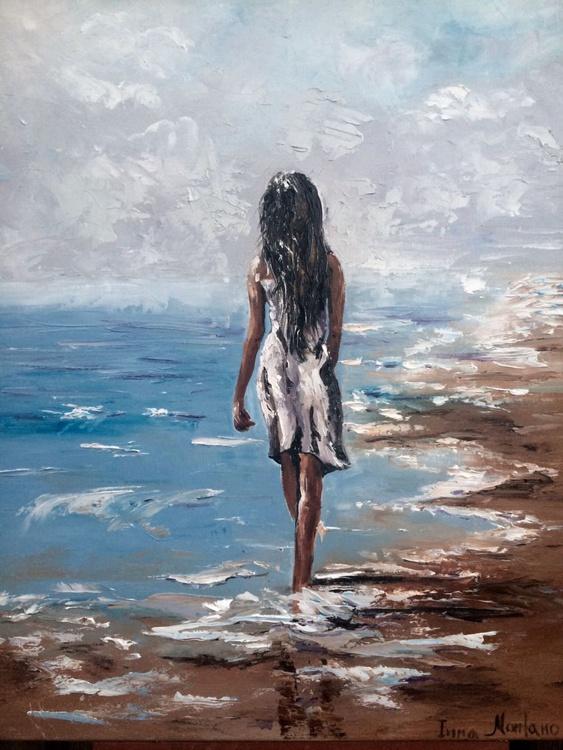 Walking at the beach - Image 0