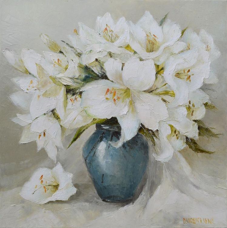 White Bouquet - Image 0