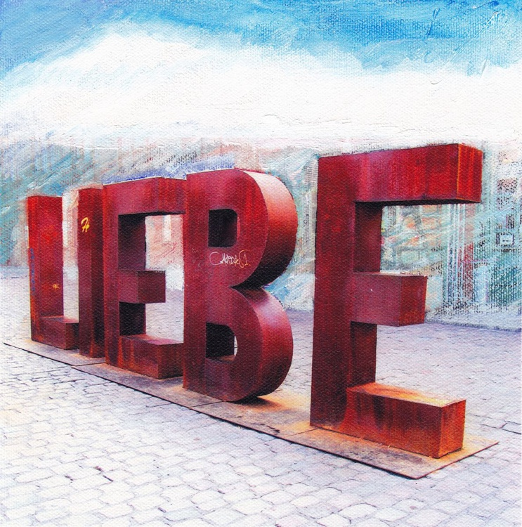 LIEBE / LOVE- Canvas in Mat 30x30 cm - Image 0