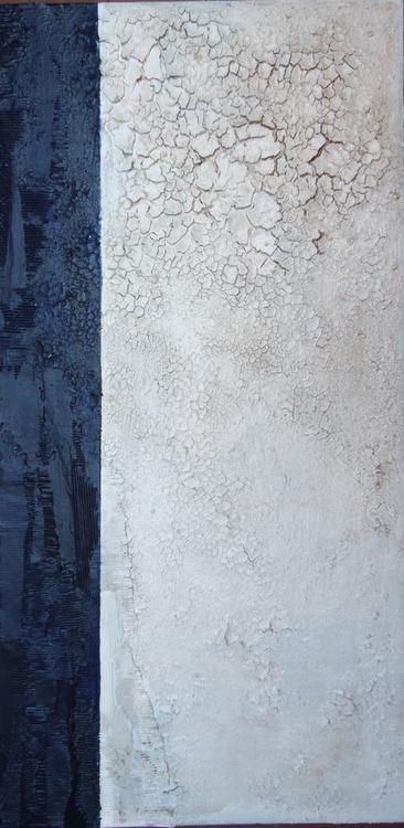 dark blue and cracks - Image 0