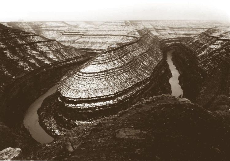 Gooseneck Canyon 19 x 15 - Image 0