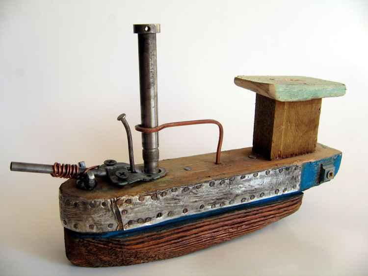 wooden ship tin tin