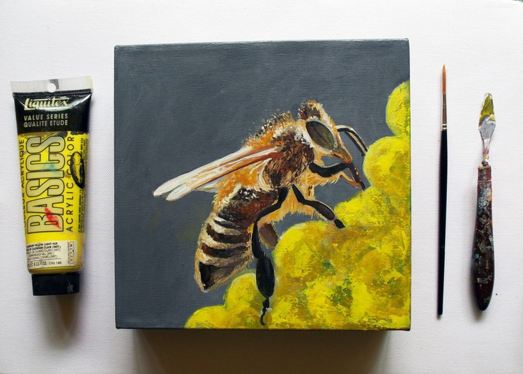 Working Bee - Image 0