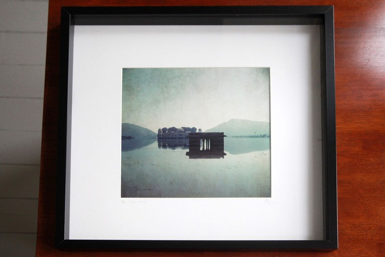 Jaipur sleeps - Framed print - Image 0