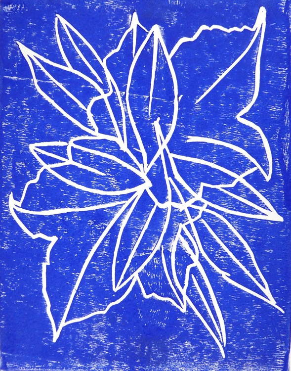 Collecting leaves - Blue - Image 0