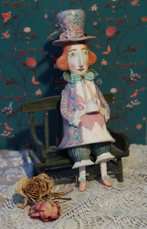Hatter. Sculptured Bell-Doll. Just a little bit mad - Image 0