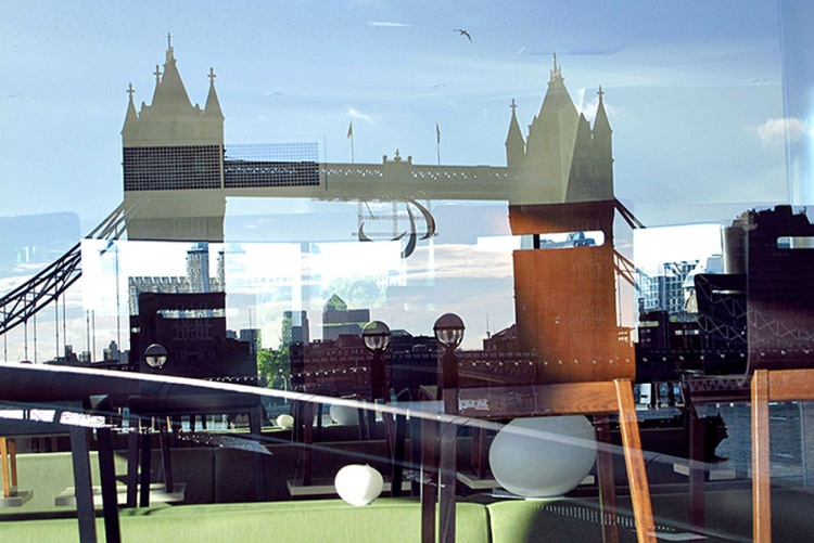 TOWER BRIDGE PATCHWORK‏ ON CANVAS (LIMITED EDITION 1/10) - Image 0