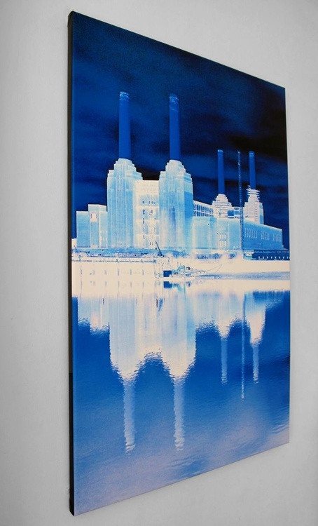 """BATTERSEA BLUE ON CANVAS (LIMITED EDITION 3/10) 24"""" x 36"""" inches 40mm Border - Image 0"""