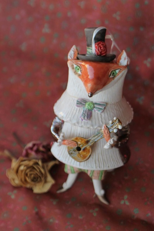 Fox with a mandolin, sculptured ceramic bell doll - Image 0