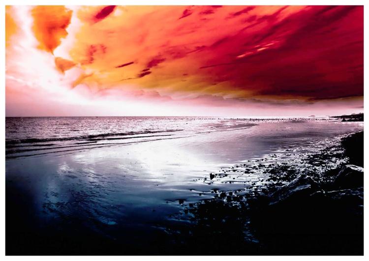 Sun sea Red - Image 0