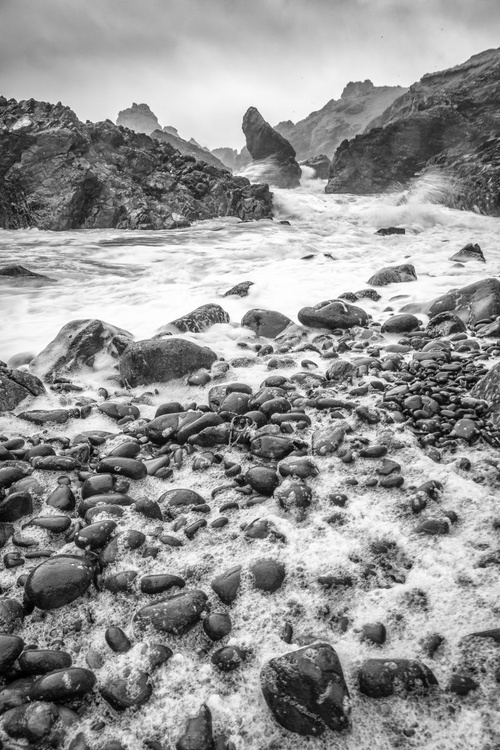Stunning Kynance Cove during a storm - Image 0