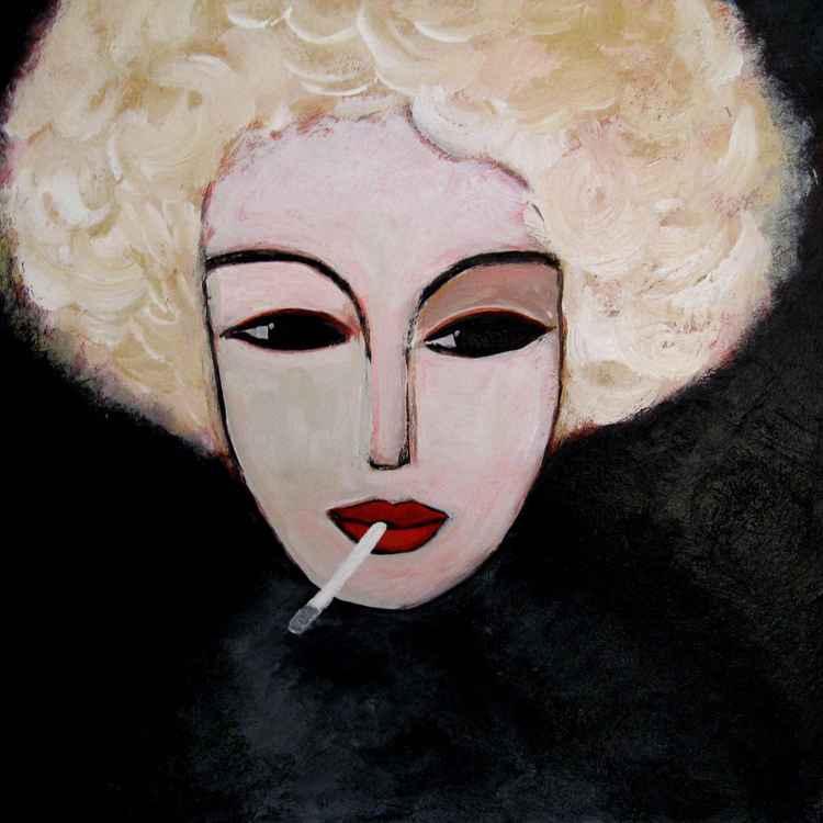 Smoking blonde 2 -