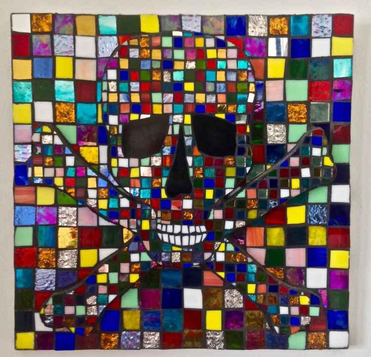 Bas Relief 'Harlequin' Skull&Crossbones.