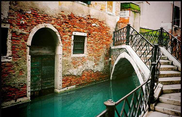 Venice Canalside