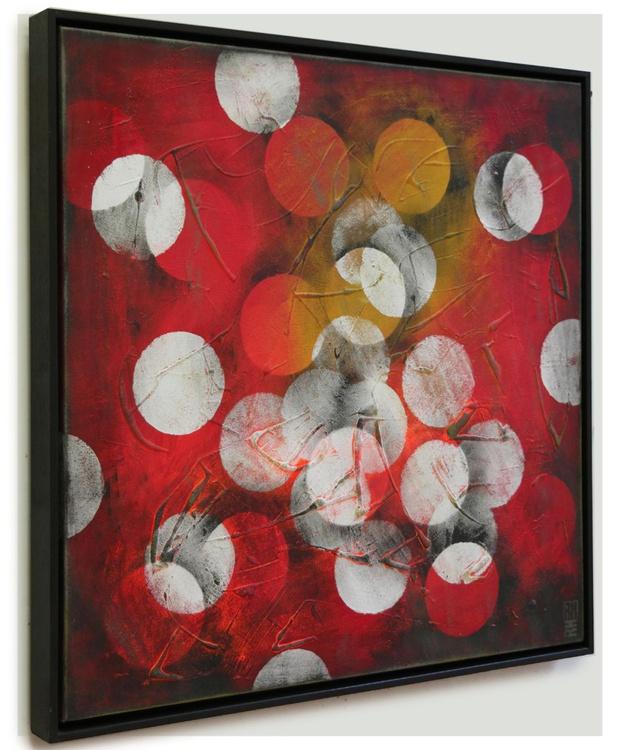 Red circles - Abstract artwork - 419 - Image 0