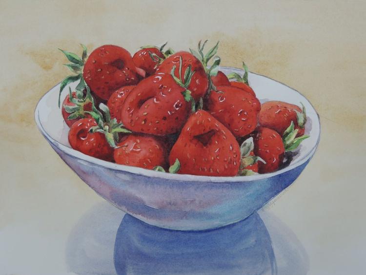 Bowl of strawberries - Image 0