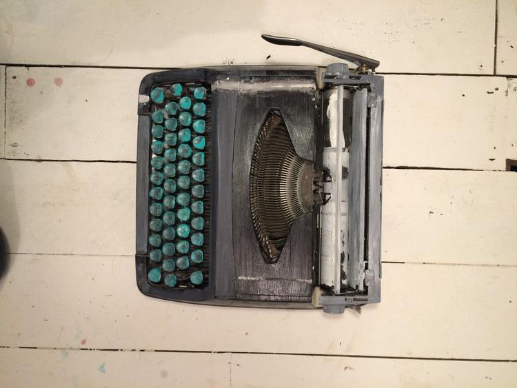 Typewriter 2 - Image 0