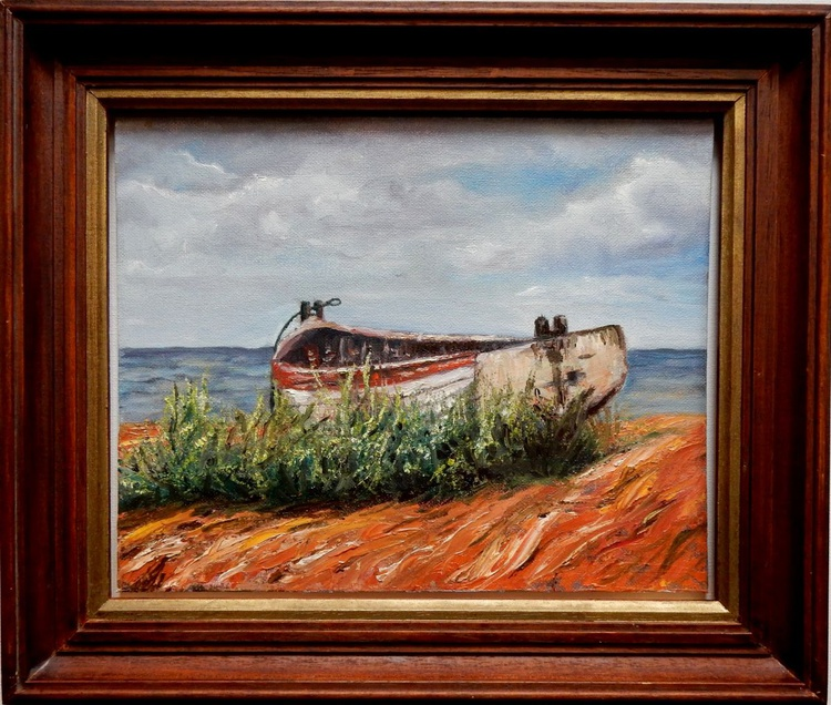 Boat is waiting. - Image 0