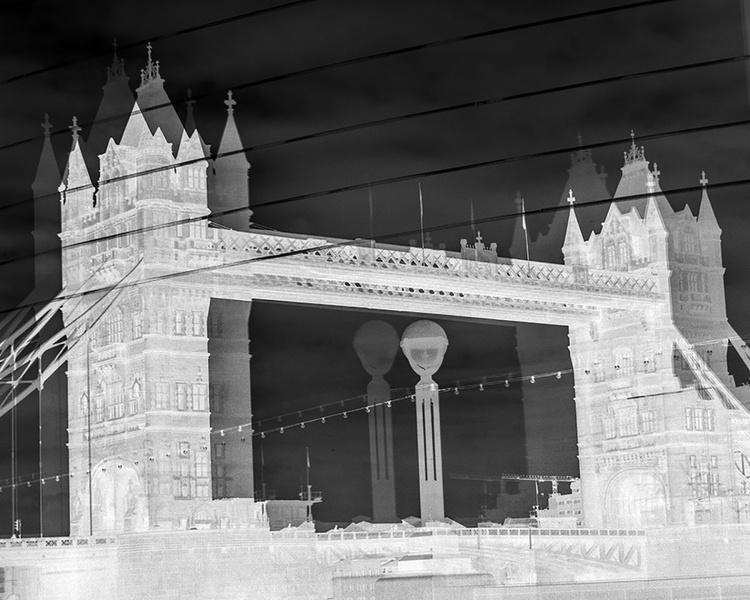 "TOWER BRIDGE DOUBLE VISION NEG (Limited edition  1/200 10""X8"") - Image 0"