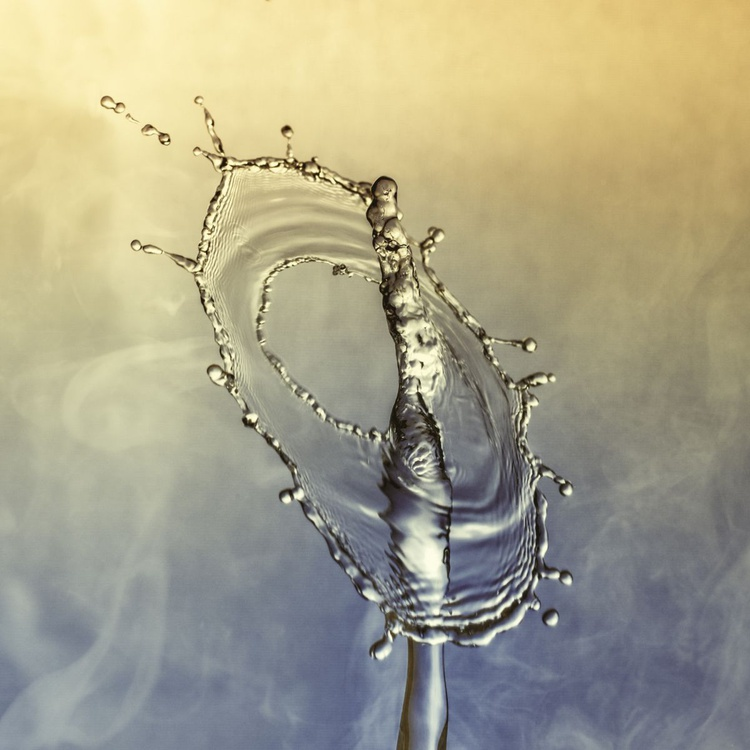 Droplet Collision 4 - Image 0