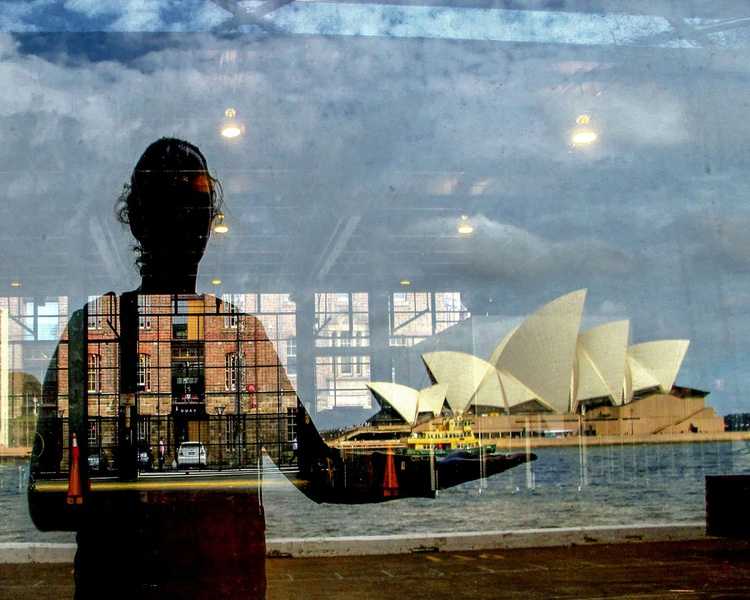 "KEEPING  SYDNEY OPERA HOUSE AFLOAT (LIMITED EDITION 1/200) 10""x8"" - Image 0"