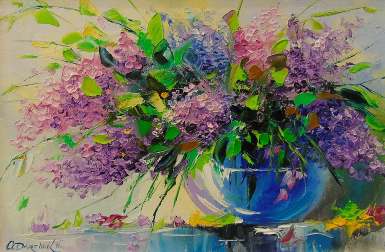 Bouquet of lilac in a vase - Image 0