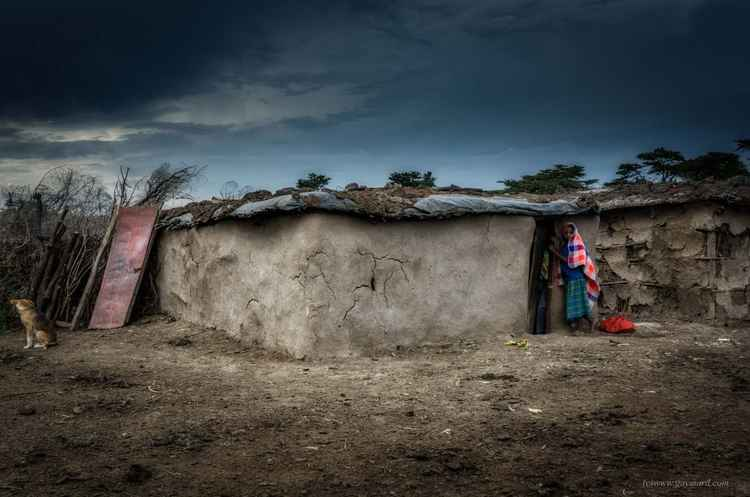 Masai's house and the woman -