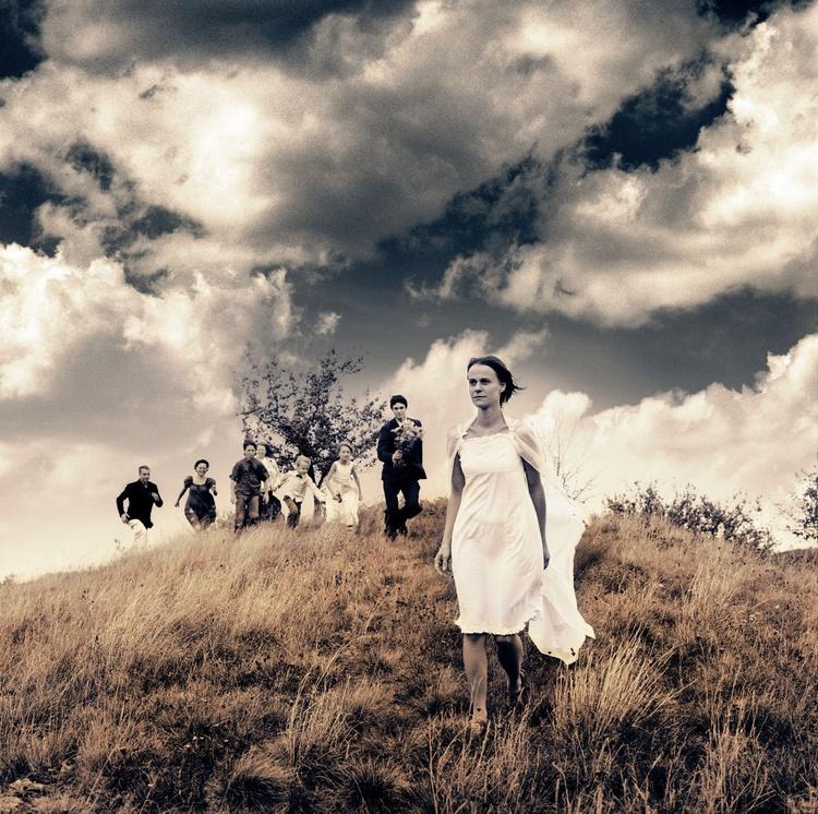 Runaway Bride (edition of 30) - Image 0