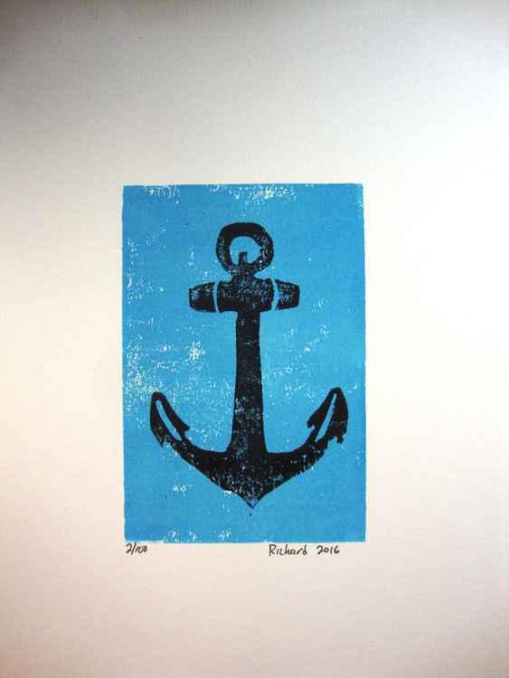 Anchor on blue