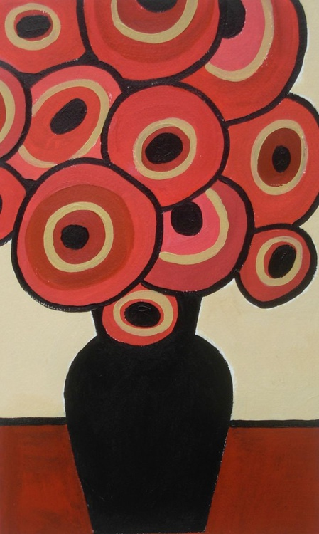 Red Bouquet in Black Vase - Image 0