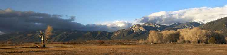 Late winter -Taos, New Mexico (El Prado) -