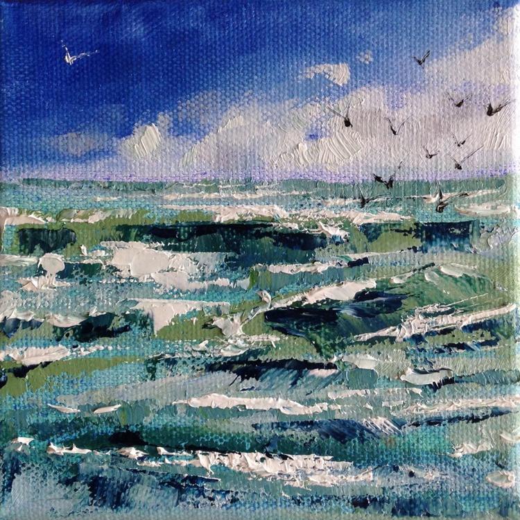 Sunshine and seagulls - Image 0