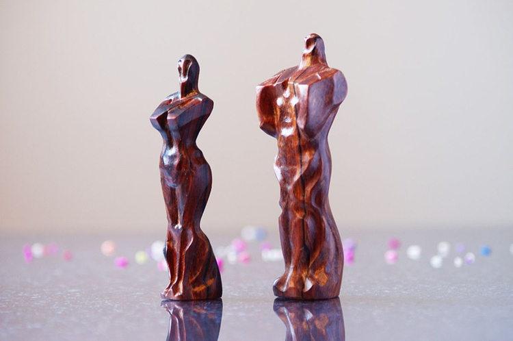 The wood carving handmade sculpture ,The man  , wood art for home decor , wood in houseware - Image 0