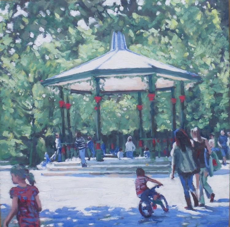 Sunday in Battersea Park - Image 0