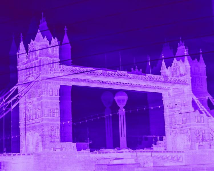 "TOWER BRIDGE DOUBLE VISION NEG :NO3 (Limited edition  1/200 10""X8"") - Image 0"