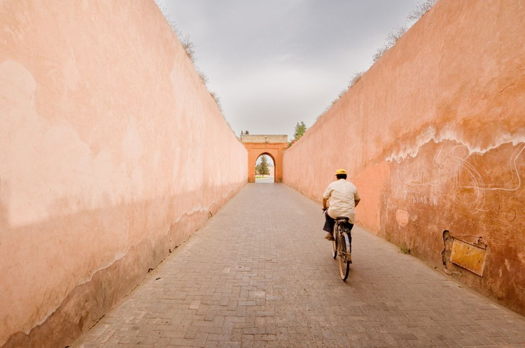 Exiting the Marrakesh Medina. (29x21cm) - Image 0