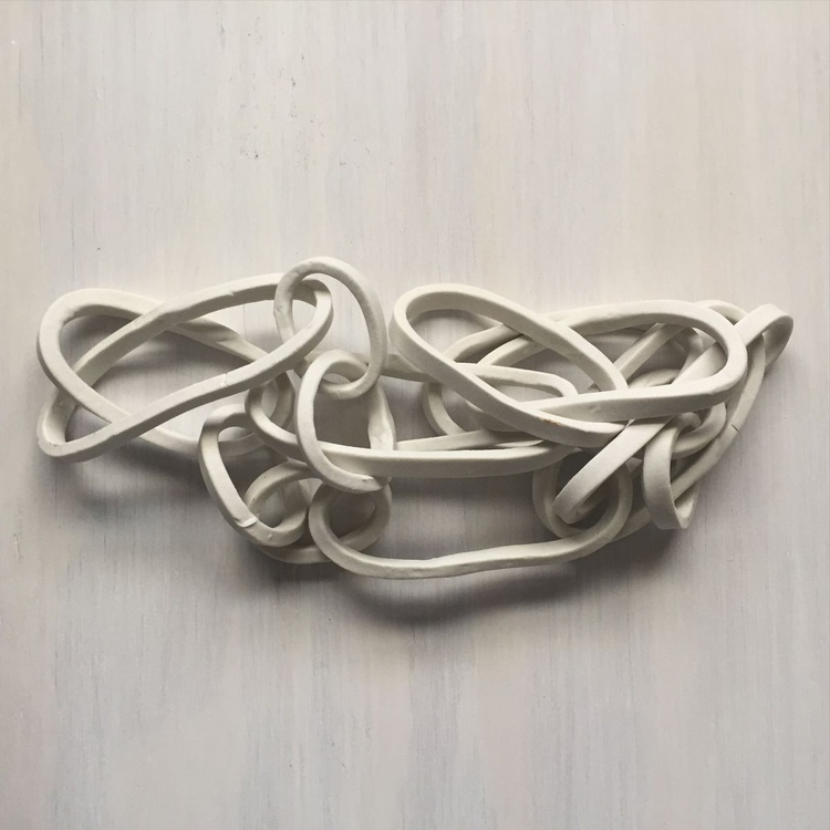 Porcelain Fused Chain - Image 0