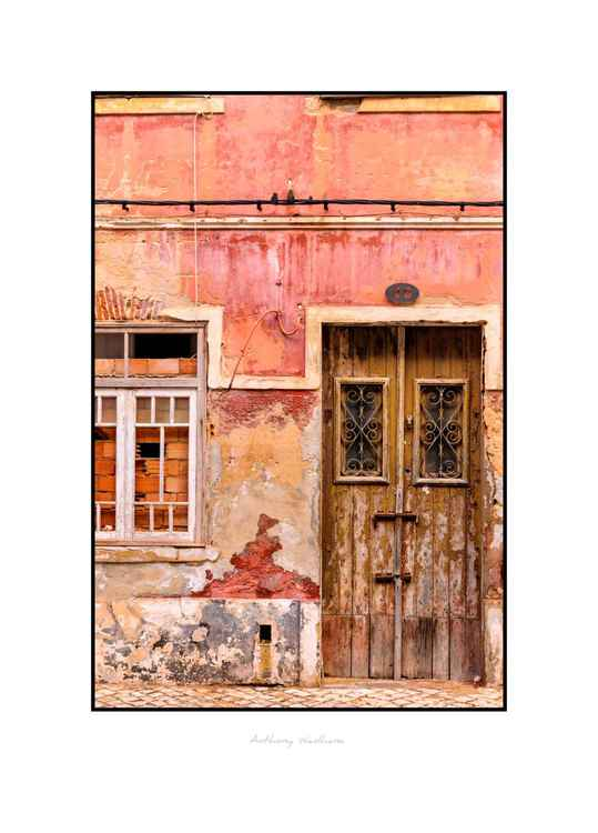 Algarve, boarded up