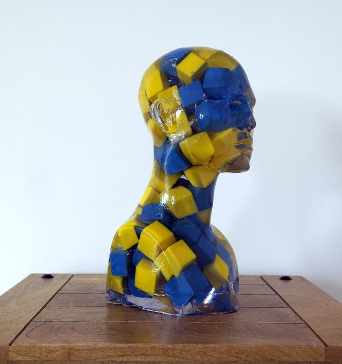 Cubic Bust (B+Y) - Image 0