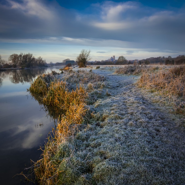 Winter frost on the River Great Ouse - Image 0