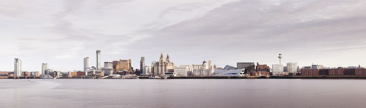 Liverpool Waterfront - Image 0