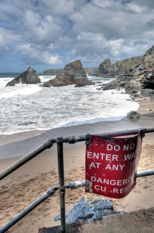 Warnings at Bedruthan Steps in Cornwall England UK - Image 0